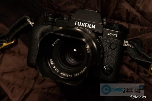 Fujifilm xac nhan loi ro ri anh sang tren X-T1