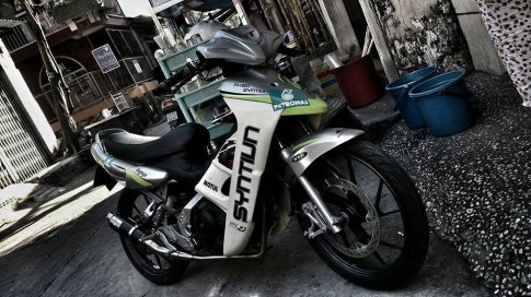 FX 125 phong cách chạy trường