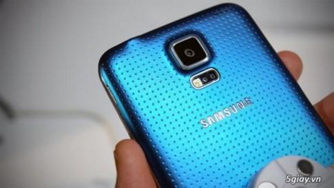 Galaxy S5 co the ban cham vi rac roi voi camera