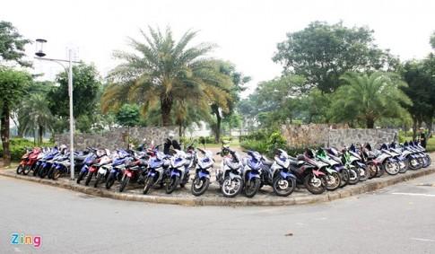 Gần 50 chiếc Exciter của anh em chơi xe hội quân tại Sài Gòn
