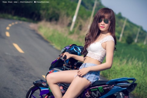 Girl Tay Ninh Khoe Dang Cung Exciter Movista