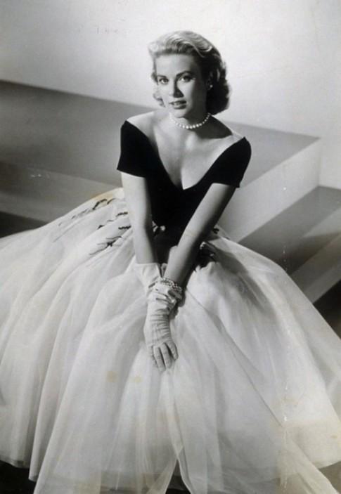 Grace Kelly - bieu tuong thanh lich nhung nam 1950