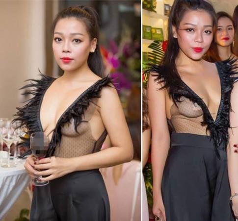 Hà Linh: Tôi nghĩ bộ trang phục không có gì hở hang