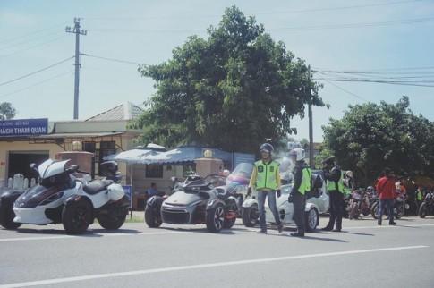 Hàng trăm xe mô tô PKL hội tụ tại đại hội mô tô Đông Hà