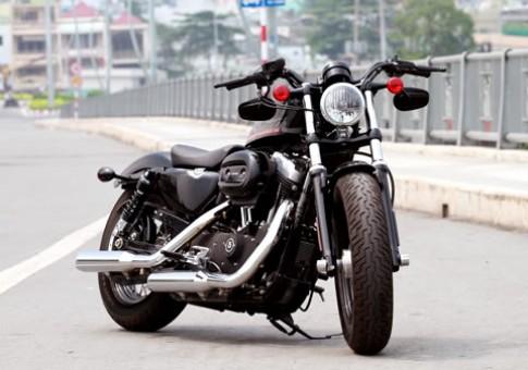 Harley Davidson Forty-Eight 2010 mẫu sportster hoàn toàn mới