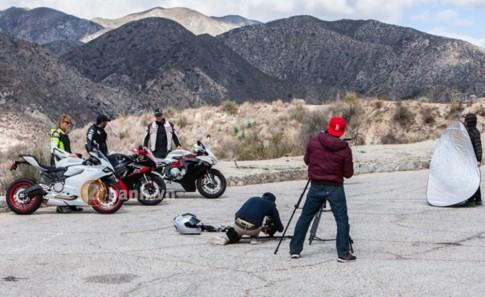 Hau truong chup anh sieu mo to Ducati, Suzuki, MV Agusta