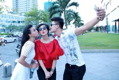 Hieu Nguyen len hon Kathy Uyen trong 'Bo ba rac roi'