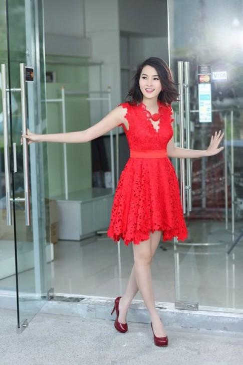 Hoa hậu Thu Thảo biến hóa với đầm ren