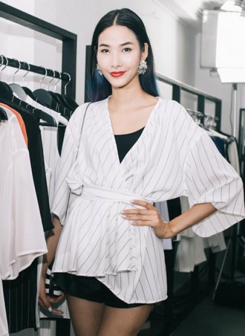 Hoang Thuy dien ao khoac dang kimono