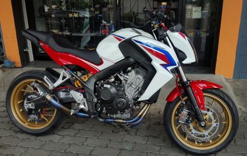 Honda CB650F độ hấp dẫn với những món đồ chơi hàng hiệu