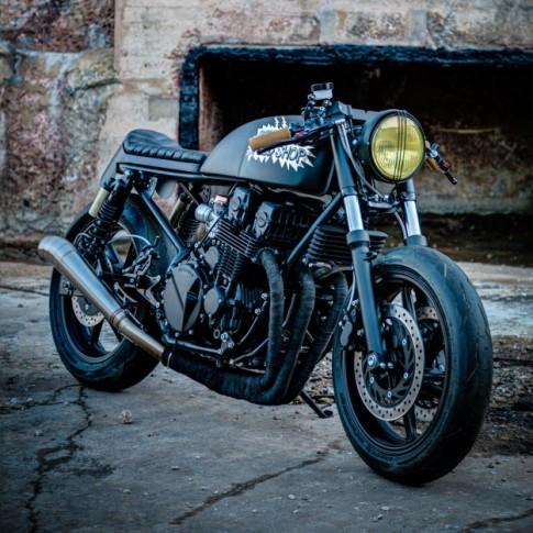 Honda CB750 độ phong cách Cafe Racer