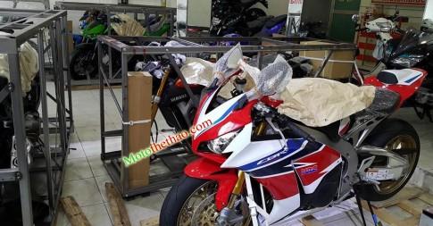 Honda CBR 1000rr SP Châu Âu ( 24.000 obama) phiên bản đặc biệt (Phuộc ohlin - heo Bremboo...)giá sốt