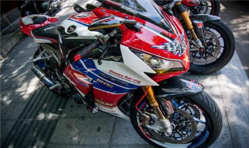 Honda CBR1000RR do sieu khung voi phien ban HNT Racing tai Viet Nam
