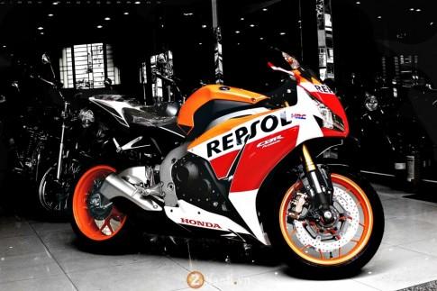 Honda CBR1000RR phien ban Repsol 2015