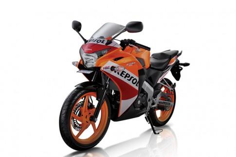 Honda CBR150R 2014: Thay họa tiết, đổi màu sơn, tăng giá