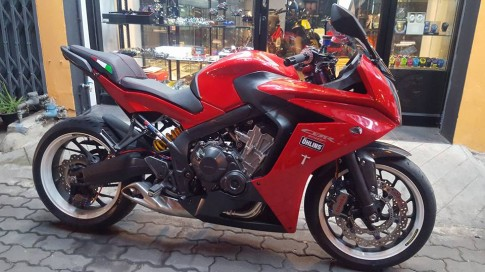 Honda CBR650F độ mặn mà cùng dàn đồ chơi hàng hiệu