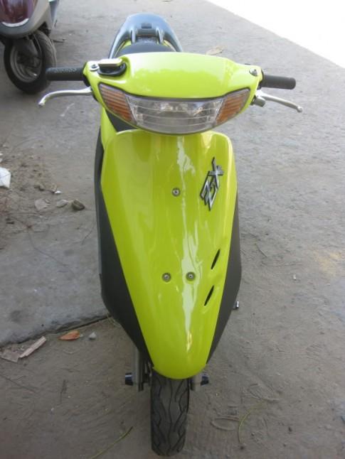 Honda Dio ZX -1 phong cách zin vàng chóe