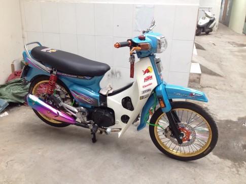 Honda Dream do xanh mong mo chao ngay moi