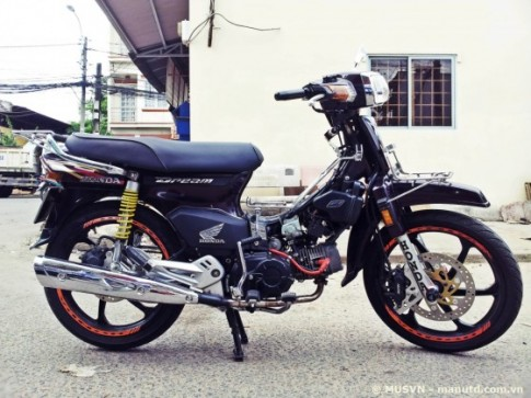 Honda Dream kiểng nhẹ