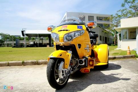 Honda Gold Wing Do 3 banh tai Sai Gon