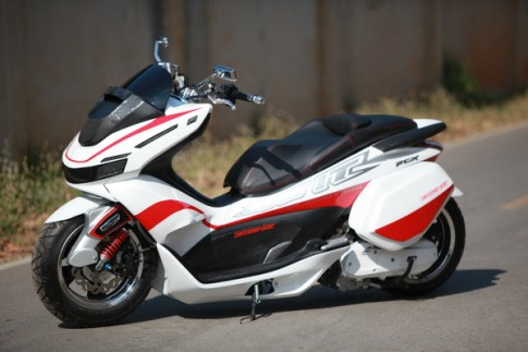 Honda PCX version NOS Ride It