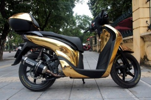 """Honda SH 2011 """"dan Crome vang choe"""""""