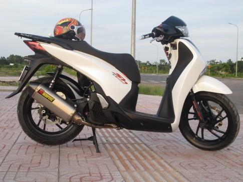 Honda SH 2012 phat phat loc phat voi Akrapovich