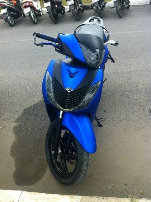 Honda SH xanh den sporty phien ban mo to