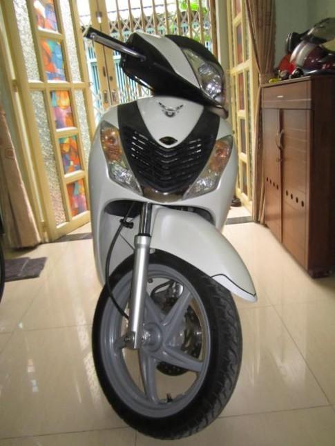 Honda Sh150i nhập ý 8/2010 màu trắng 2 đĩa.
