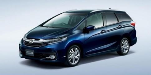 Honda Shuttle MPV 2015 gia 300 trieu dong hop cho gia dinh