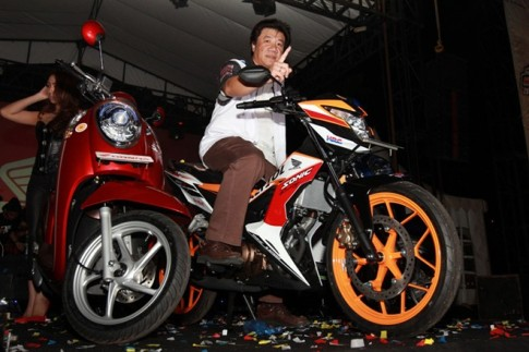 Honda Sonic 150R Phien ban Repsol co gia hon 36 trieu dong