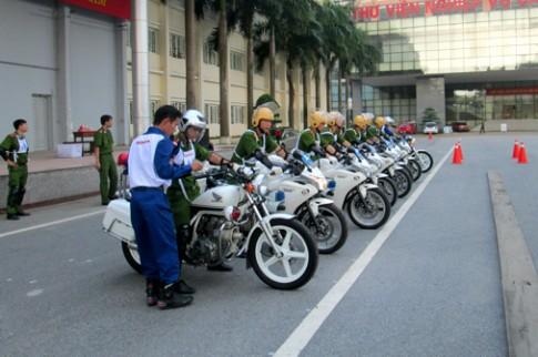 Honda Viet Nam to chuc huan luyen dao tao cap bang lai A2