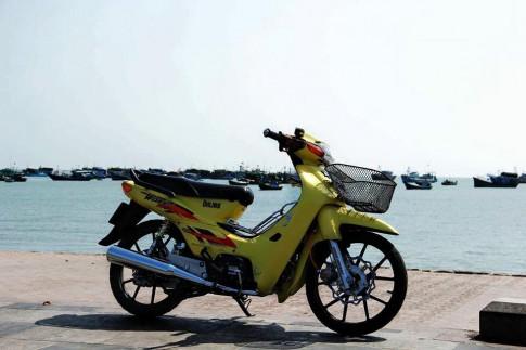 Honda Wave do kieng mang phong cach hoang toc
