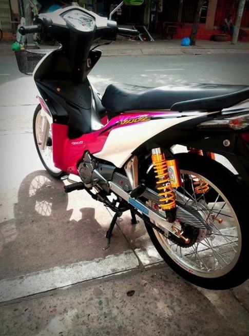 Honda Wave phien ban trang hong
