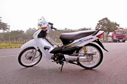 Honda wave trắng tinh khôi
