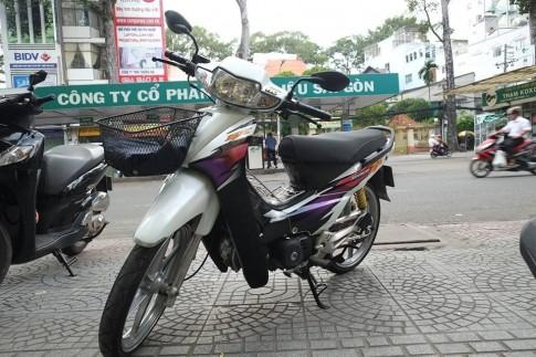 Honda Wave ZX trang do phong cach thai