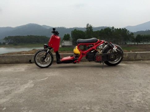 Honda Zoomer-X mẫu xe scooter độ hầm hố