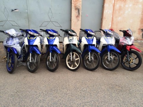 Hot: Viet Nam vua nhap ve lo hang Suzuki Sport 110 va Ya Z new 100%
