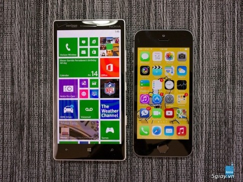 iPhone 5S va Nokia Lumia Icon 'do dang'