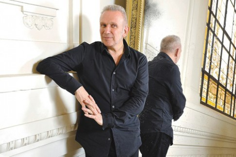 Jean Paul Gaultier dung thiet ke do ung dung