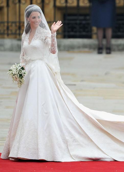 Kate Middleton - cong nuong chuong vay Alexander McQueen