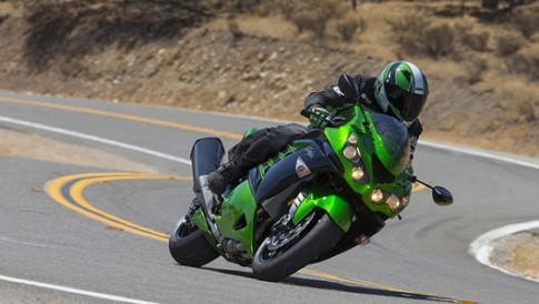 """Kawasaki ra mat moto """"khung"""" Ninja ZX-14R 2014."""
