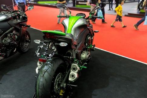 Kawasaki Z1000 len do choi Biker tai Bangkok Motor Show 2015