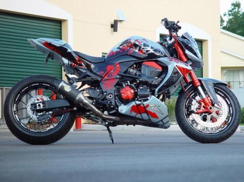 Kawasaki Z1000 ruc ro tung centimet