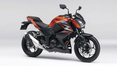 Kawasaki Z250 2014 them mau moi, gia 4.600 USD