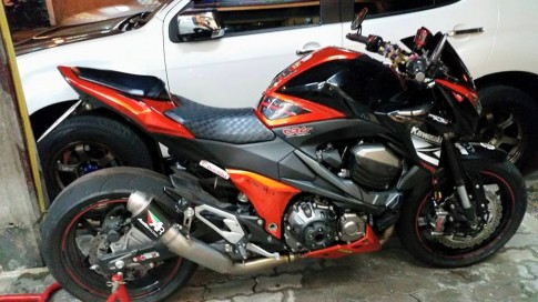Kawasaki Z800 - phien ban do full do choi tai Thai