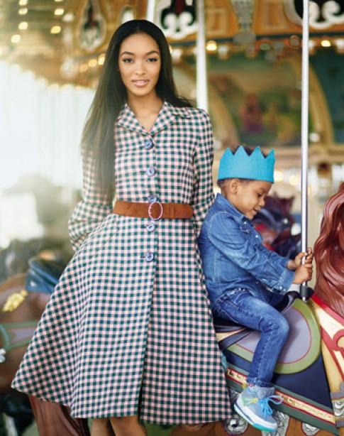 Khoảnh khắc ngọt ngào bên con cái của các người mẫu (2)