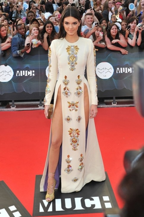 Khoanh khac thoi trang dang nho nhat 2014 cua Kendall Jenner