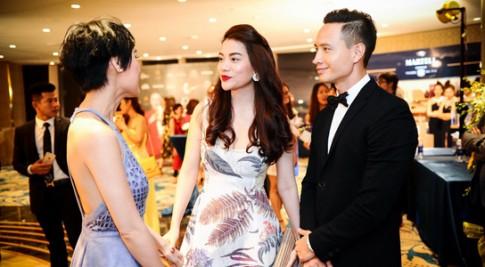 Kim Ly thap tung 'nguoi tinh' Truong Ngoc Anh di xem thoi trang