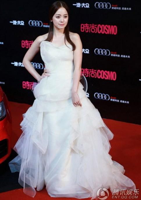 Kim Tae Hee khoe sac cung nguoi dep Hoa ngu